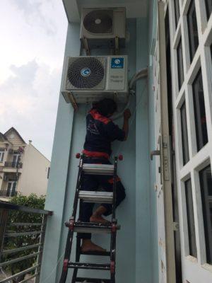 Hướng dẫn vệ sinh dàn nóng máy lạnh tại nhà nhanh chóng, đúng cách