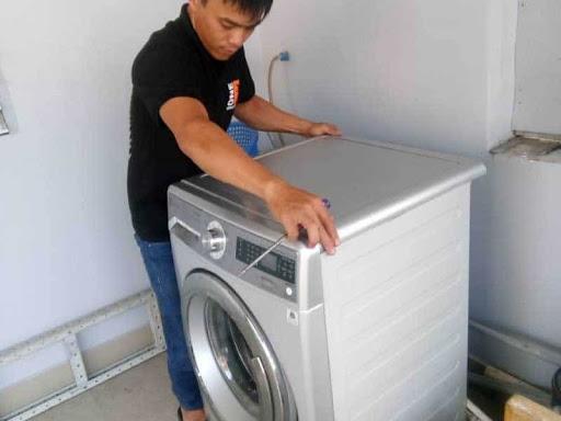 Làm gì khi máy giặt Electrolux không quay lồng giặt?
