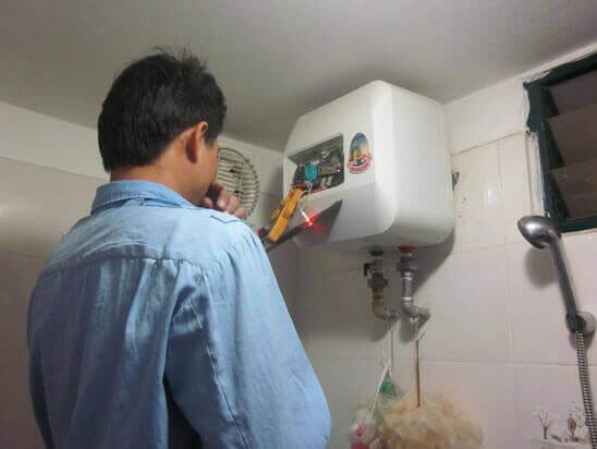 Trung tâm sửa chữa lắp đặt máy nước nóng lạnh ở quận 1
