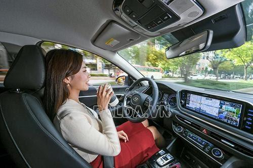 Cruise control là gì ? Chức năng và khả năng kiểm soát hành trình trên hệ thống.