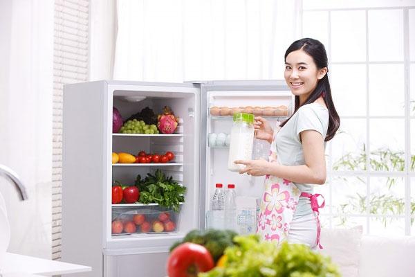 Tự sửa tủ lạnh tại nhà tiết kiệm tiền triệu